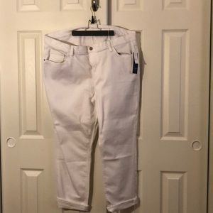 Old Navy boyfriend straight white jeans